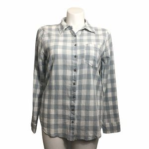 BKE buffalo plaid button down shirt. Large